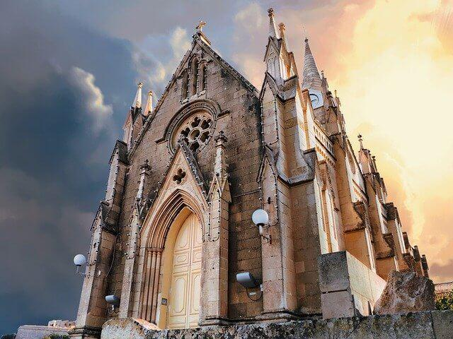הכנסייה בגוזו